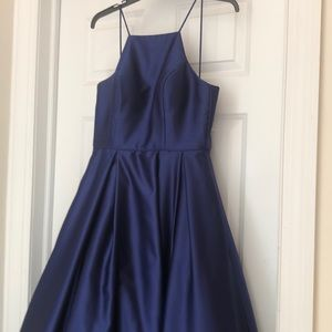 Beautiful blue formal dress with pockets!